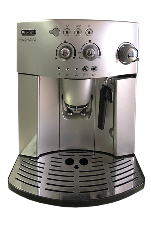 Втора Употреба Кафеавтомат DeLonghi ESAM 4200.S Magnifica